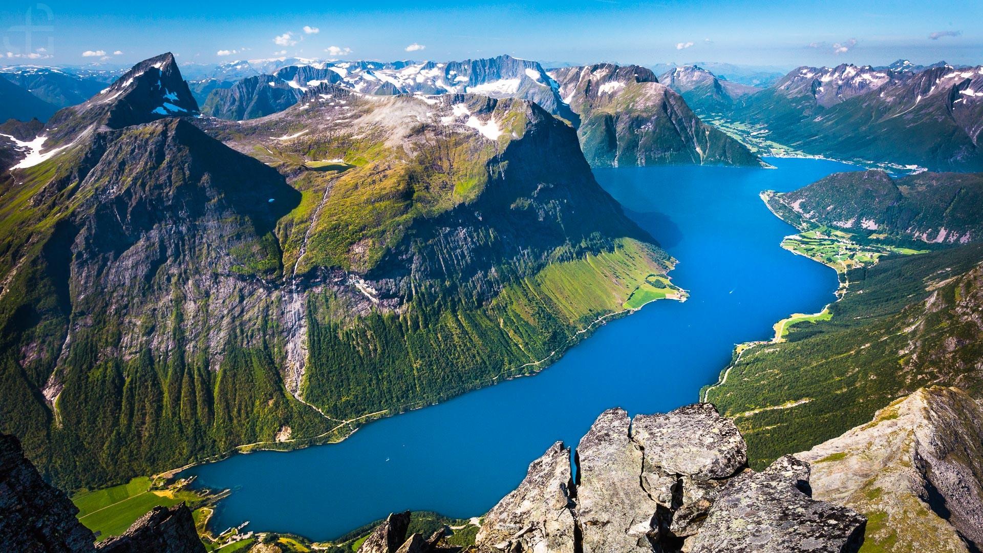 Znalezione obrazy dla zapytania fiordy norwegia